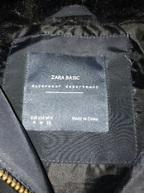 Zara navy puffa jacket size M