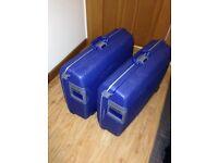 2 American Tourister (Samsonite) medium hard bodied suitcases