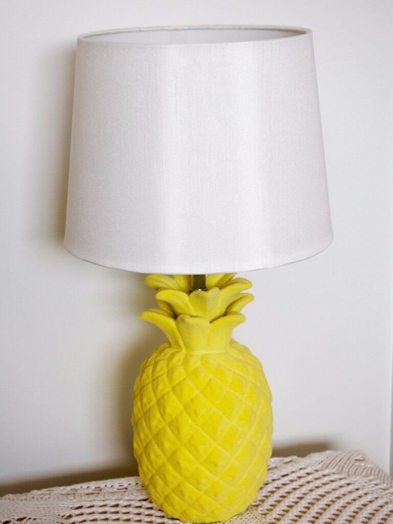 *REDUCED* Pineapple Lamp and shade : in Felixstowe ...
