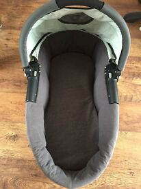 Quinny buzz 3 carrycot