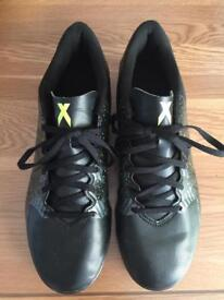 Adidas men's U.K. 8.5 astro turf football trainers