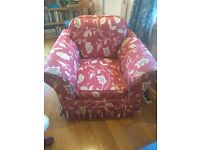 Armchair - removable/washable covers