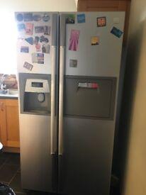 Daewoo American style double fridge freezer