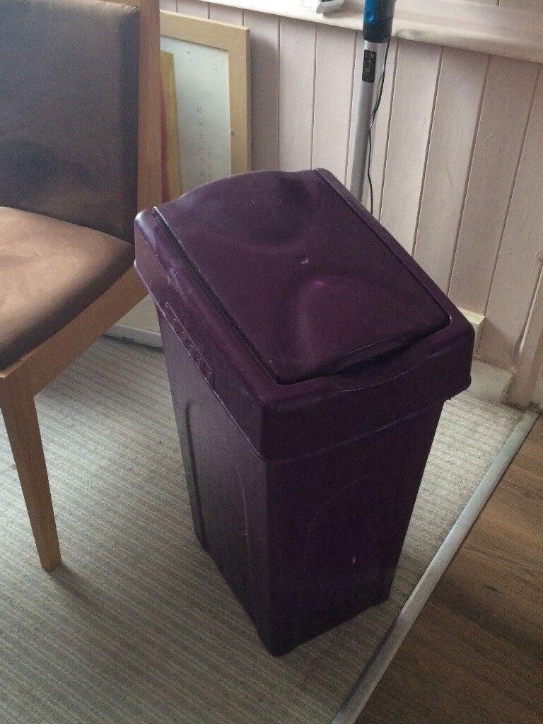 Purple kitchen set
