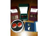 5x pairs of cufflinks