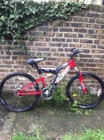 3x nice bikes 🚴🏾♀️🚵🏾♂️🚴🏿♂️