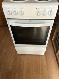 Electric freestanding cooker (currys)