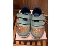 BNIB Infant Clarks girls shoes size 5 1/2