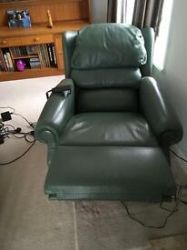 Relaxor ultra massage recliner