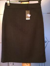 Smart grey skirt size 10 BNWT