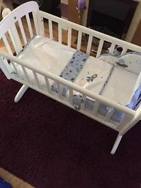 Swinging crib x 2