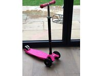 MAXI MICRO SCOOTER-NEON PINK