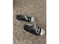 Toddler size 10 trainers