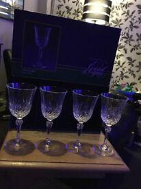 4 Danube wine glasses