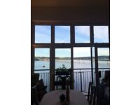 Double Room in Beautiful Top Floor City Quay Flat with River Views