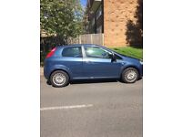 Fiat grand punto 3 door, ABSOLUTE BARGAIN, ONLY 1 PREVIOUS low mileage 42699, first to see will buy