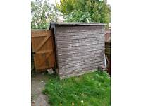 6x4 shed in need of TLC