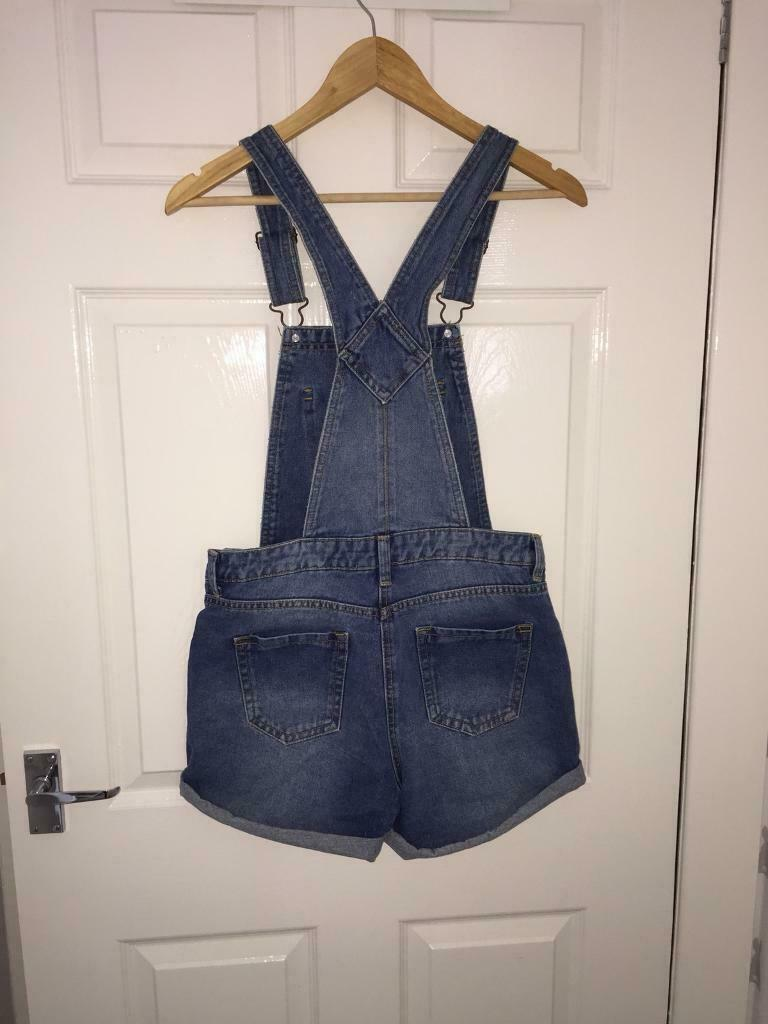 29a95bce7f8b75 Dungarees/shorts denim size 10 new look | in Shotts, North ...