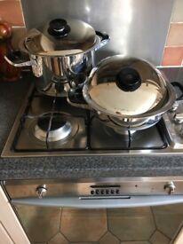 7 Tupperware bowls