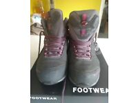 Mammut woman's walking boots grey and pink, used only couple of times GORE TEX 6