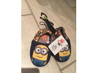Boy despicable me slippers brand new size 7