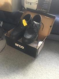 Arco work shoes - steel toe cap