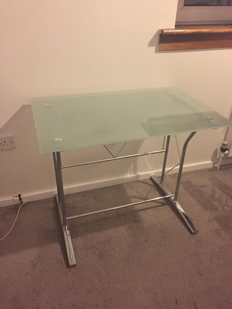 Frosted glass computer desk/computer table