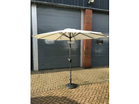 3m Cream Parasol With Crank Tilt And Base