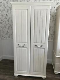 Wardrobe & side cabinet