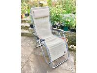 Very good folding sun, relaxing chair.