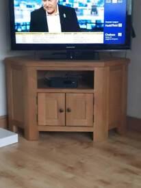 Oak Corner TV Unit Stand