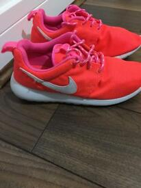 Nike Bright pink ladies/girls trainers size 5