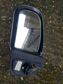 Mercedes w210 e class face lift avantgarde grey electric folding mirror l/h with blinker