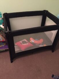 Travel cot with carry case