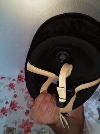 Prestige caldene velvet hat