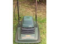 Black and Decker Hovermower with spare blades