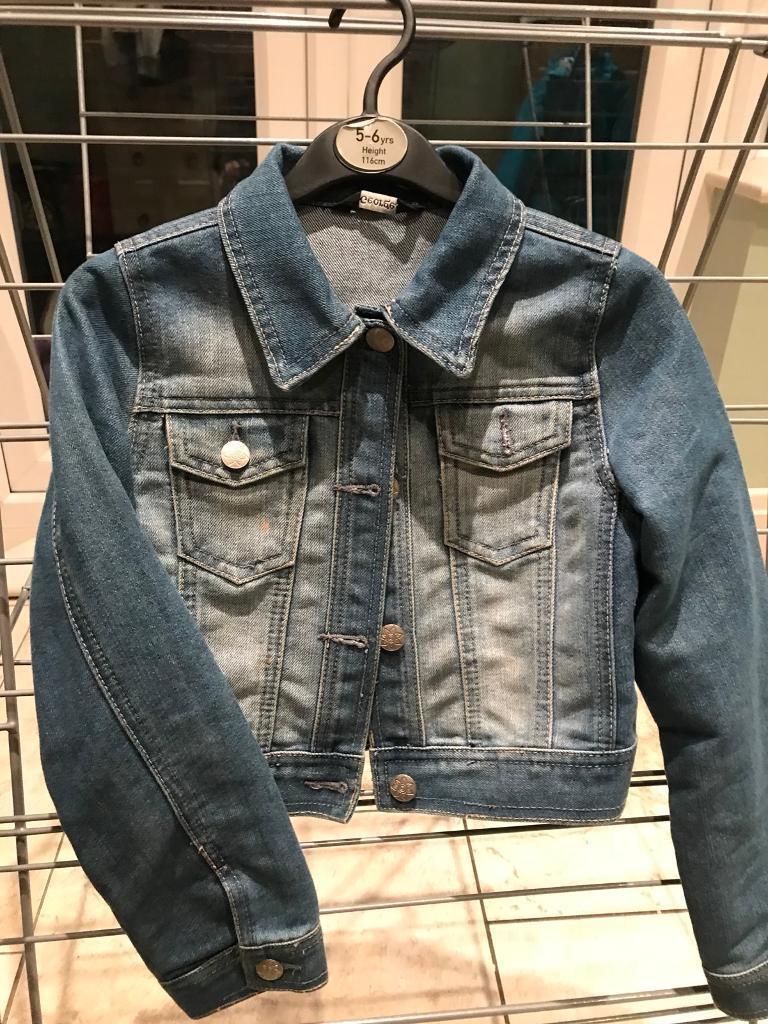 Girls denim jacket, age 8-9 excellent condition