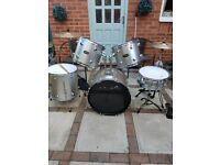 ARIA FULL SIZE DRUM KIT IN SILVER FINISH