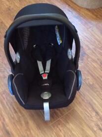 Maxi Cosi car seat infant carrier CabrioFix Cabrio Fix Origami