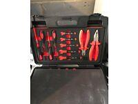 23 peice vde 1000v engineers tool kit