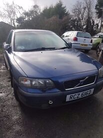 2002 VOLVO S60 2.0 AUTO PETROL BREAKING FOR PARTS