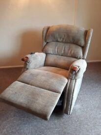 HSL Dual Rise and Recline chair