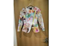 (Size UK 8) TED BAKER Saamsa electric/amarant floral suit