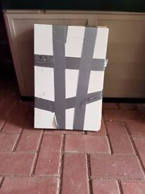 9 white textured tiles 300mm x 440mm,pick up only please