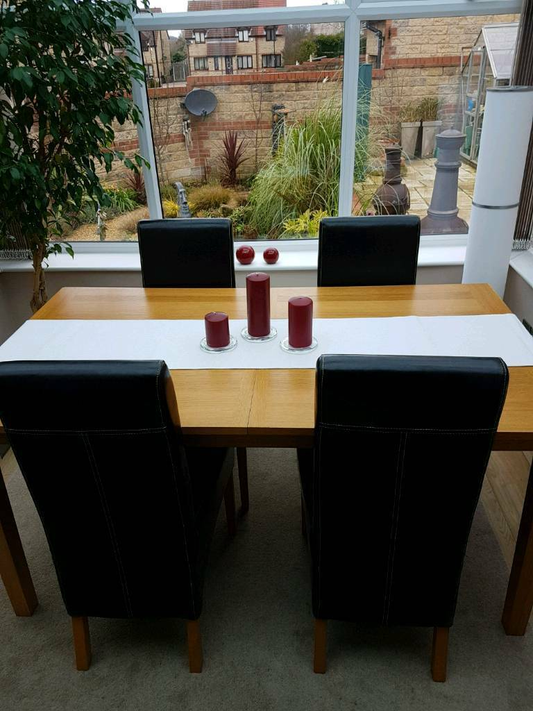 Solid Oak Table And 4 Chairs Rotherham