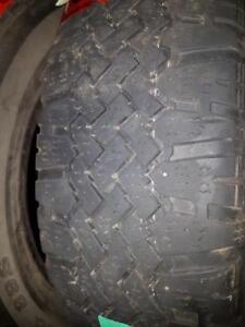 2 pneus d'hiver 175/70/14 SnowMark Radial HT 60% d'usure, 5/32 de mesure