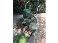Garden roller mower petrol