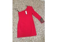 Womens Warehouse Red Dress / Tag still on / Never Worn.