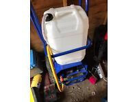 BAYERSAN WATER FED POLE TROLLEY SYSTEM / reach & wash