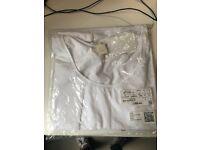 Women's white top, size medium, brand new H&M